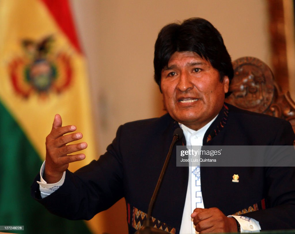 President of Bolivia, <a gi-track='captionPersonalityLinkClicked' href=/galleries/search?phrase=Evo+Morales&family=editorial&specificpeople=272981 ng-click='$event.stopPropagation()'>Evo Morales</a> Ayma, talks for the press during a conference at Red Saloon of the Government Palace to announce the suspension of the construction of the highway which was going to link Trinidad and San Ignacio de Moxos on September 26, 2011 in La Paz, Bolivia. Local people were against this highway because they said it was going to affect the biodiversity of the TIPINIS (Territorio Indígena Parque Nacional Isibore Secure).