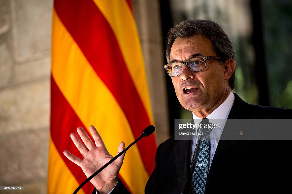Catalonian Parliament Votes To Approve A Law Allowing An Independence Referendum