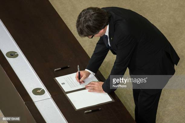 President of Catalonia Carles Puigdemont signs the proposal for declaration of independence In Barcelona on October 10 of 2017
