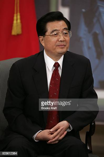 President of China Hu Jintao at their bilateral meeting in Santiago November 20 2004 during the annual Asia Pacific Economic Cooperation leaders...