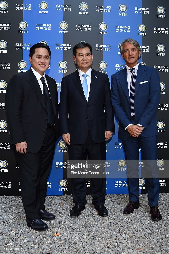 President of FC Internazionale <a gi-track='captionPersonalityLinkClicked' href=/galleries/search?phrase=Erick+Thohir&family=editorial&specificpeople=9531719 ng-click='$event.stopPropagation()'>Erick Thohir</a>, Chairman of Suning Holdings Group Zhang Jindong and Head Coach of FC Internazionale <a gi-track='captionPersonalityLinkClicked' href=/galleries/search?phrase=Roberto+Mancini&family=editorial&specificpeople=234429 ng-click='$event.stopPropagation()'>Roberto Mancini</a> attend a gala dinner after the FC Internazionale Shareholder's Meeting on June 28, 2016 in Milan, Italy.