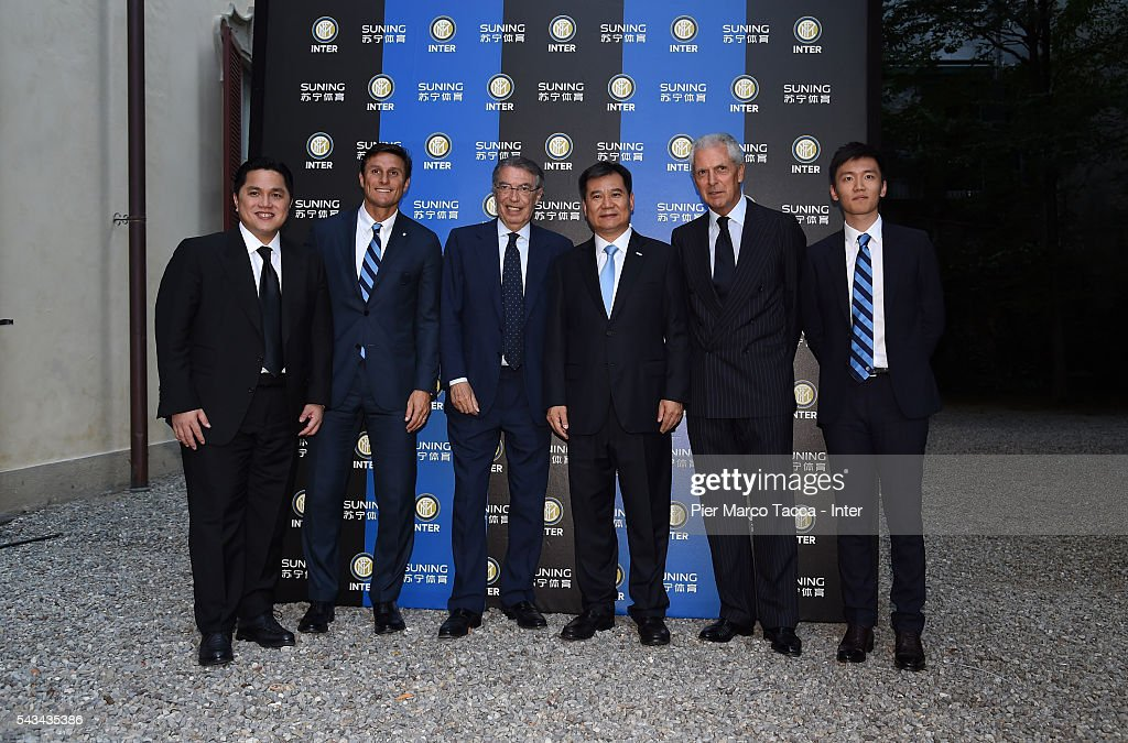 President of FC Internazionale <a gi-track='captionPersonalityLinkClicked' href=/galleries/search?phrase=Erick+Thohir&family=editorial&specificpeople=9531719 ng-click='$event.stopPropagation()'>Erick Thohir</a>, <a gi-track='captionPersonalityLinkClicked' href=/galleries/search?phrase=Javier+Zanetti&family=editorial&specificpeople=206966 ng-click='$event.stopPropagation()'>Javier Zanetti</a>, Former President of FC Internazionale <a gi-track='captionPersonalityLinkClicked' href=/galleries/search?phrase=Massimo+Moratti&family=editorial&specificpeople=2726881 ng-click='$event.stopPropagation()'>Massimo Moratti</a>, Chairman of Suning Holdings Group Zhang Jindong, <a gi-track='captionPersonalityLinkClicked' href=/galleries/search?phrase=Marco+Tronchetti+Provera&family=editorial&specificpeople=558275 ng-click='$event.stopPropagation()'>Marco Tronchetti Provera</a> and Steven Zhang attend a gala dinnerafter the FC Internazionale Shareholder's Meeting on June 28, 2016 in Milan, Italy.