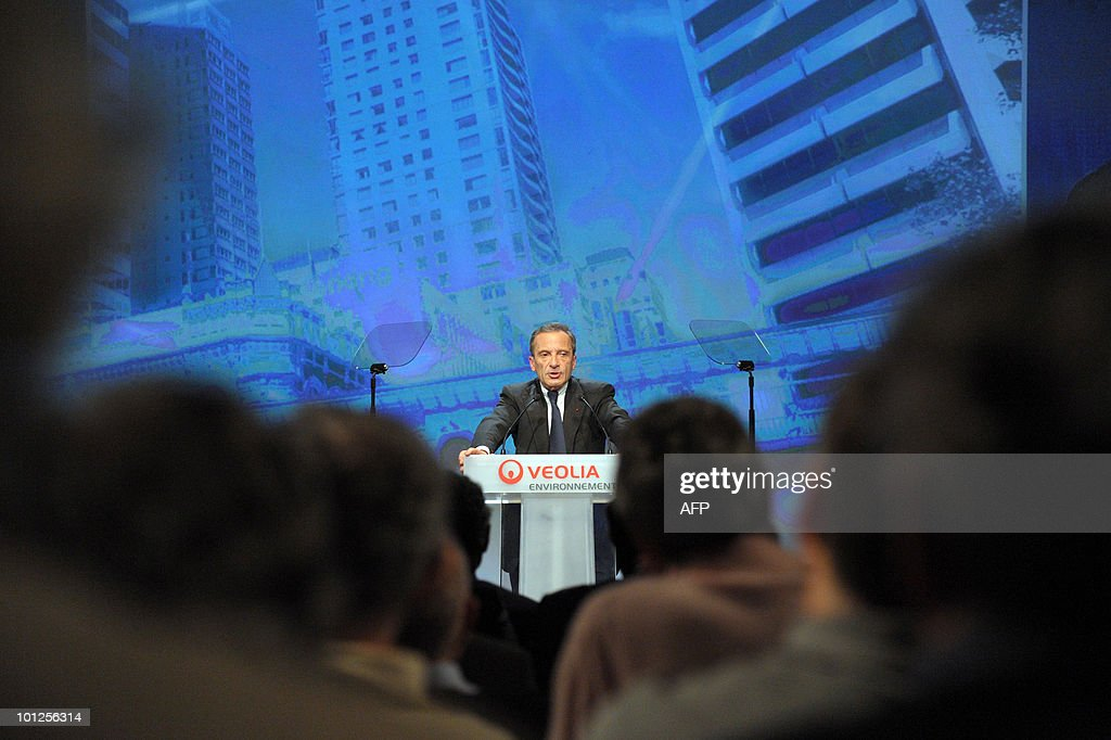 President of French energy giant EDF (Electricite de France) and non-executive chairman of French utility group Veolia Environnement, Henri Proglio gives a speech on May 7, 2010 in Paris during the group's annual shareholders's meeting. Proglio confirmed on May 7, 2010 that he will leave the executive board of Veolia Environnement before the end of 2010.