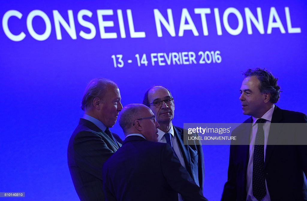 President of French right-wing party Les Republicains (LR) National Council, Luc Chatel (R) and party members (From L) Brice Hortefeux, Eric Ciotti and the party's secretary-general Eric Woerth attend the LR National Council on February , 2016 in Paris. AFP PHOTO / LIONEL BONAVENTURE / AFP / LIONEL BONAVENTURE