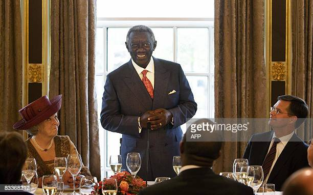 ghana speech Ghana, is a west african country, bounded on the north by burkina faso, on the east by togo, on the south by the atlantic ocean,and on the west by côte d'ivoire.