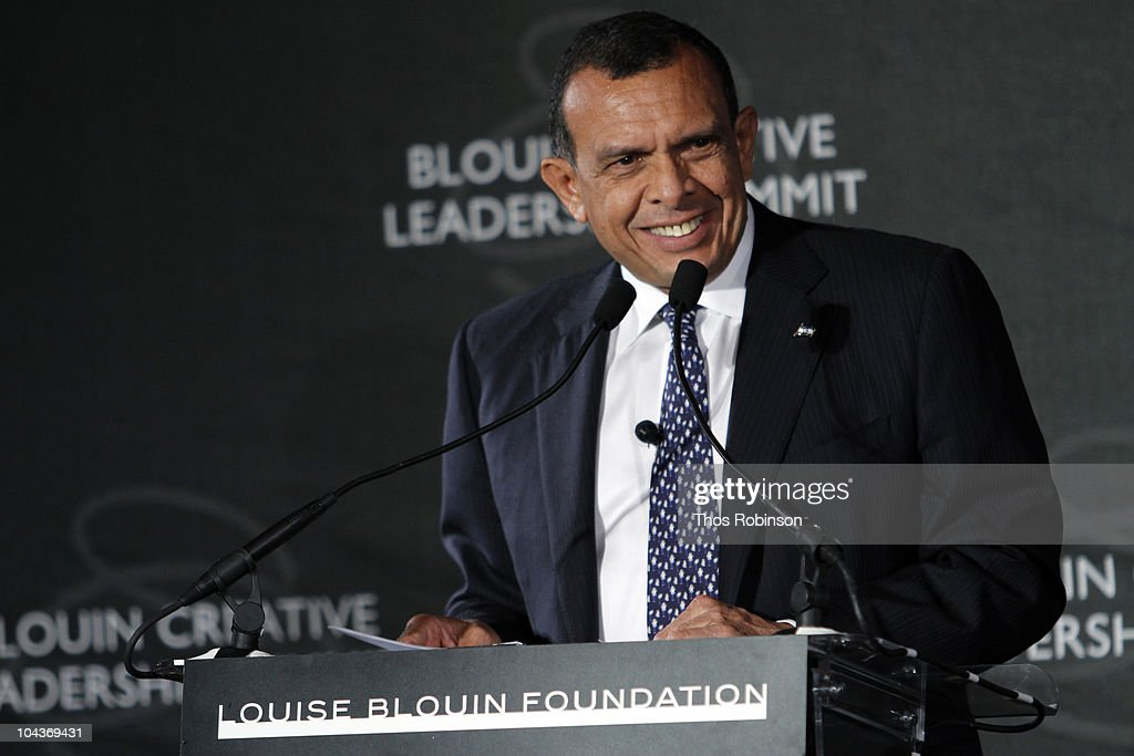 President of Honduras Porfirio Lobo Sosa attends 2010 Blouin Creative Leadership Summit Day 1 at the Metropolitan Club on September 22 2010 in New...