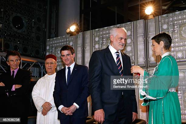 President of Institut du Monde Arabe Jack Lang Minister of Endowments and Islamic Affairs of Morocco Ahmed Toufiq French Prime Minister Manuel Valls...