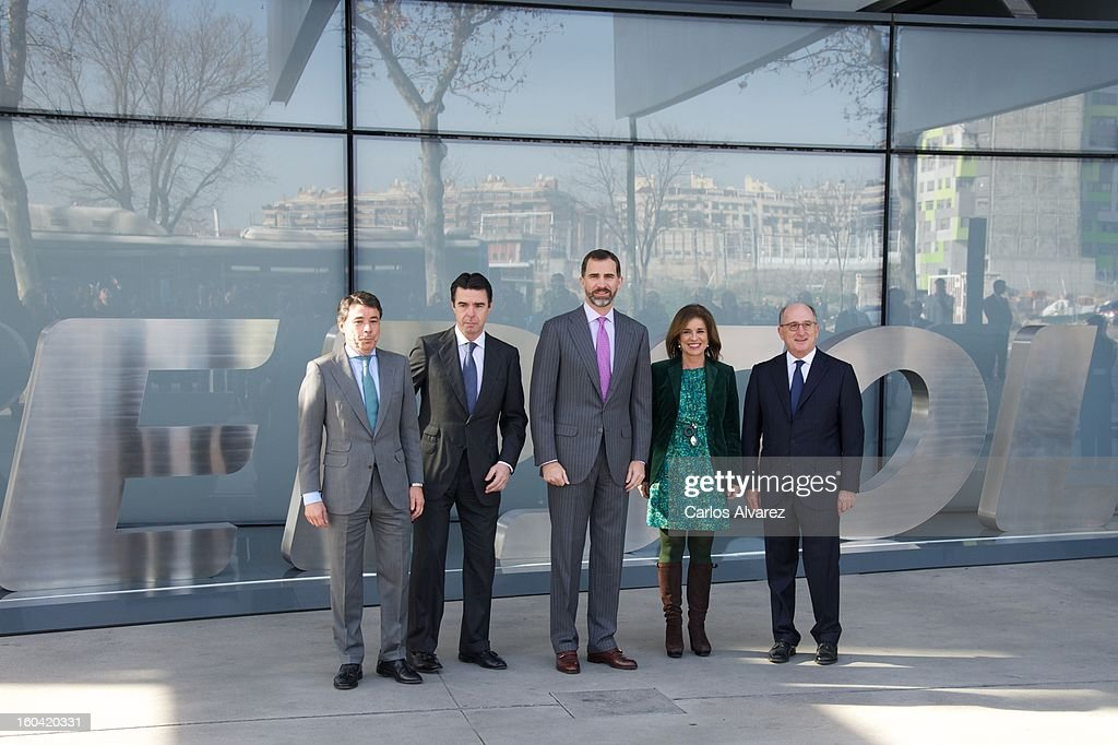 President of Madrid Region Ignacio Gonzalez, Spain's Minister of Industry, Energy and Tourism <a gi-track='captionPersonalityLinkClicked' href=/galleries/search?phrase=Jose+Manuel+Soria&family=editorial&specificpeople=6405496 ng-click='$event.stopPropagation()'>Jose Manuel Soria</a>, Prince Felipe of Spain, Madrid Major <a gi-track='captionPersonalityLinkClicked' href=/galleries/search?phrase=Ana+Botella&family=editorial&specificpeople=235432 ng-click='$event.stopPropagation()'>Ana Botella</a> and Repsol President Antonio Brufau during their visit to the new Repsol Headquarters on January 31, 2013 in Madrid, Spain.