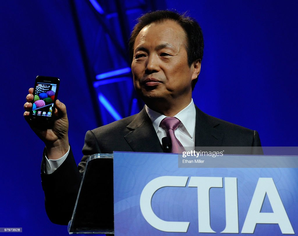 President of Mobile Communications Business for Samsung Electronics Co., Ltd. J.K. Shin unveils a new Samsung Galaxy S Android smartphone during his keynote address at the International CTIA Wireless 2010 convention at the Las Vegas Convention Center March 23, 2010 in Las Vegas, Nevada. CTIA is the international association for the wireless telecommunications industry.