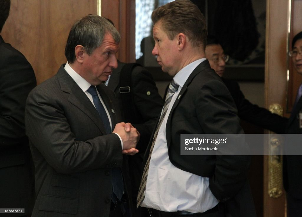 President of Rosneft oil company <a gi-track='captionPersonalityLinkClicked' href=/galleries/search?phrase=Igor+Sechin&family=editorial&specificpeople=756791 ng-click='$event.stopPropagation()'>Igor Sechin</a> (L) talks to Gazprom CEO <a gi-track='captionPersonalityLinkClicked' href=/galleries/search?phrase=Alexei+Miller&family=editorial&specificpeople=713081 ng-click='$event.stopPropagation()'>Alexei Miller</a> during an official visit to South Korea at the presidential Blue House in Seoul on November 13, 2013 in Seoul, South Korea.