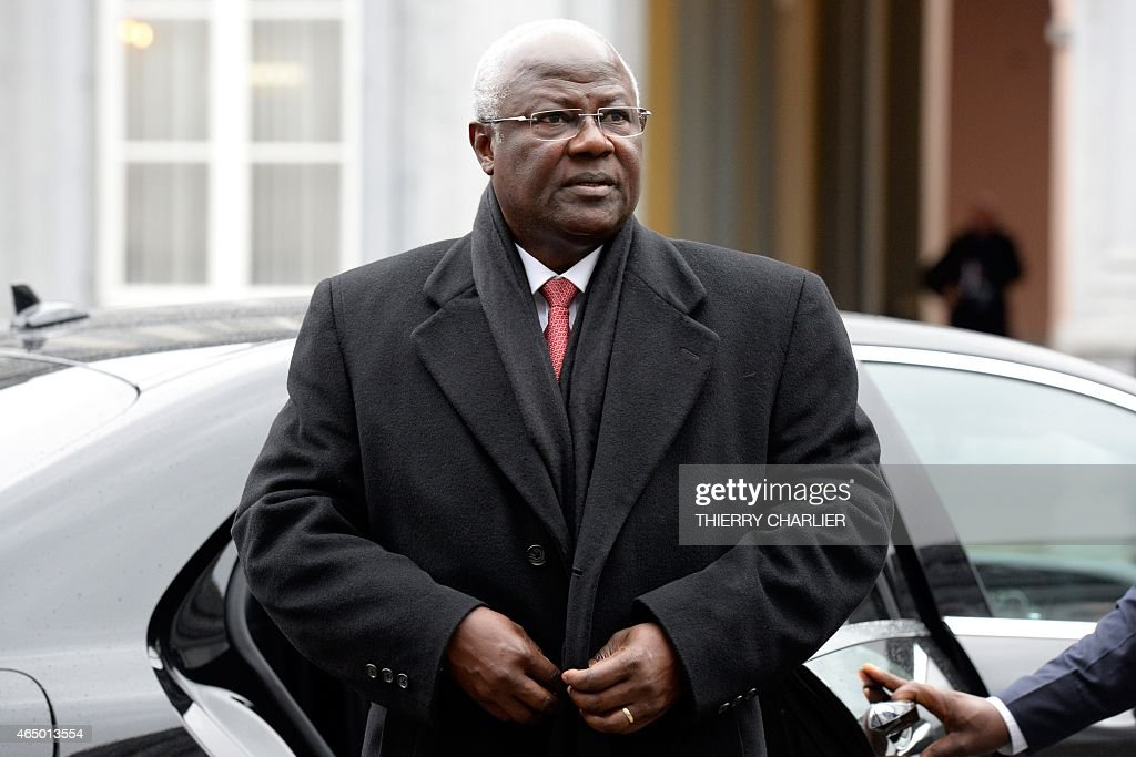 President of Sierra Leone, <a gi-track='captionPersonalityLinkClicked' href=/galleries/search?phrase=Ernest+Bai+Koroma&family=editorial&specificpeople=4447998 ng-click='$event.stopPropagation()'>Ernest Bai Koroma</a> arrives to attend a conference on Ebola on March 3, 2015 in Brussels. Leaders of Ebola-hit countries in west Africa attend an international conference in Brussels on March 3 to mobilise a final push to end the outbreak and ensure the delivery of nearly $5 billion in aid pledges.