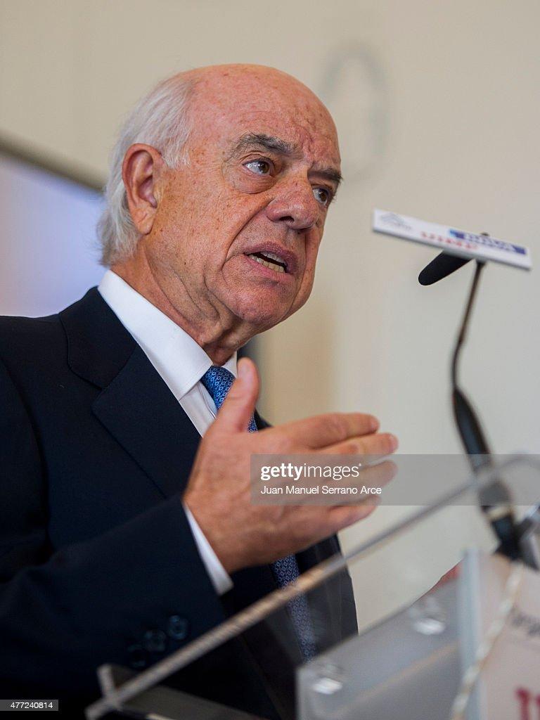 President of Spanish bank BBVA Francisco Gonzalez speaks during a press conference at the International Menendez Pelayo University on June 15 2015 in...