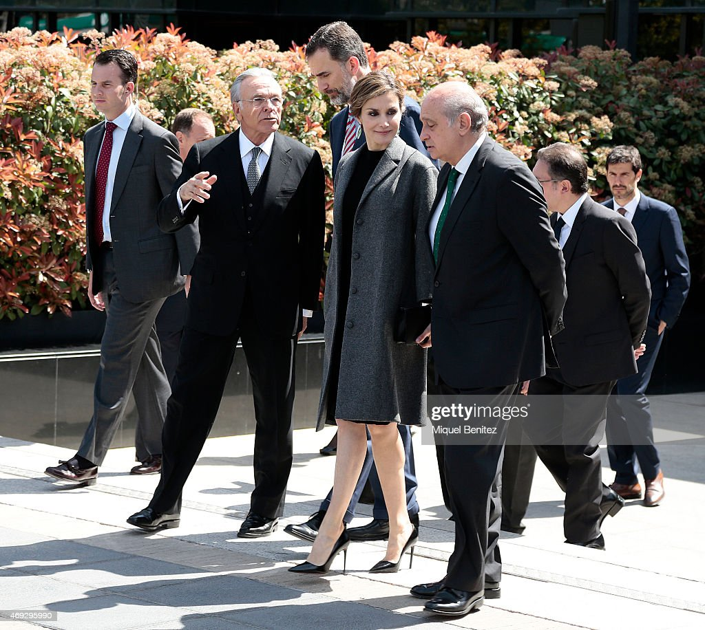 President of Spanish bank La Caixa Isidre Faine (Second Left), King <a gi-track='captionPersonalityLinkClicked' href=/galleries/search?phrase=Felipe+VI+of+Spain&family=editorial&specificpeople=4881076 ng-click='$event.stopPropagation()'>Felipe VI of Spain</a>, Queen <a gi-track='captionPersonalityLinkClicked' href=/galleries/search?phrase=Letizia+of+Spain&family=editorial&specificpeople=158373 ng-click='$event.stopPropagation()'>Letizia of Spain</a> and Spanish Interior Minister Jorge Fernandez Diaz attend the 33rd edition of the Caixa scholarship award ceremony in Barcelona on April 10, 2015. Some 120 students are selected and awarded scholarships for postgraduate studies at universities around the world, with 65 being in Europe, 48 in North America and 7 in Asia, on April 10, 2015 in Barcelona, Spain.