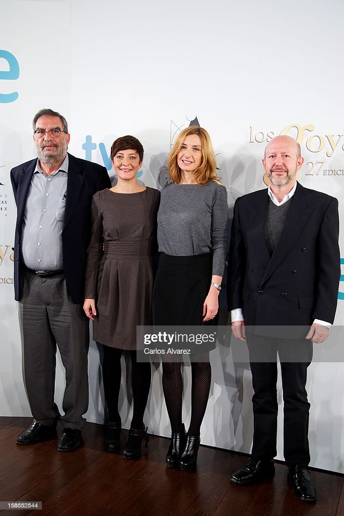 President of Spanish Cinema Academy Enrique Gonzalez Macho, <a gi-track='captionPersonalityLinkClicked' href=/galleries/search?phrase=Eva+Hache&family=editorial&specificpeople=4686428 ng-click='$event.stopPropagation()'>Eva Hache</a>, Eva Cebrian and Emilio Pina attend the 'Goya Film Awards 2013' press conference on December 19, 2012 in Madrid, Spain.
