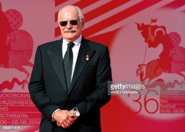 President of the 36th Moscow International Film Festival Nikita Mikhalkov wait for guests during the opening ceremony on June 19 2014 in Moscow The...