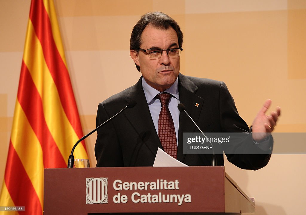 President of the Catalonia regional government and leader of the Catalan party CIU (Convergence and Unity party) Artur Mas gives a press conference in Barcelona on February 1, 2013.
