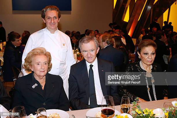 President of the 'Claude Pompidou Foundation' Bernadette Chirac Chef JeanLouis Nomicos Owner of LVMH Luxury Group Bernard Arnault and HIH Empress...