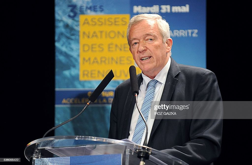President of the French Union of Renewable Energy Jean-Louis Bal delivers the inaugural speech during the third French National Conference of Renewable Marine Energy on May 30, 2016, in Biarritz, southwestern France. / AFP / IROZ