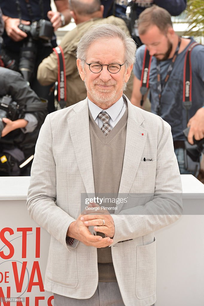 President of the Jury, director <a gi-track='captionPersonalityLinkClicked' href=/galleries/search?phrase=Steven+Spielberg&family=editorial&specificpeople=202022 ng-click='$event.stopPropagation()'>Steven Spielberg</a> attends the Jury Photocall at The 66th Annual Cannes Film Festival on May 15, 2013 in Cannes, France.