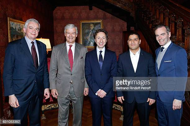 President of the Jury for the Prize of Stephane Bern's Foundation for 'Patrimoine Institut de France' Adrien Goetz President of 'Les Vieilles Maisons...