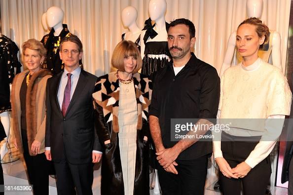 President of the Metropolitan Museum of Art Emily Rafferty Director of the Metropolitan Museum of Art Tom Campbell Editor of Vogue Anna Winter...