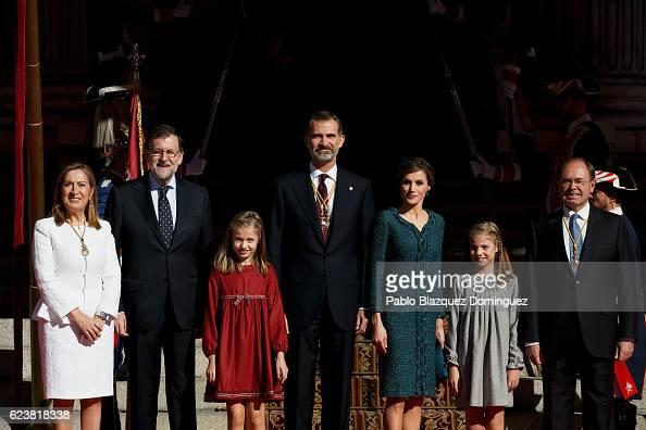 President of the Spanish Congress Ana Pastor Spanish Prime Minister Mariano Rajoy Princess Leonor of Spain King Felipe VI of Spain Queen Letizia of...