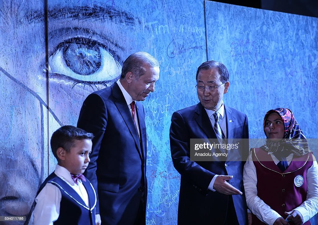 President of Turkey Recep Tayyip Erdogan (2nd L) and Secretary-General of the United Nations Ban Ki-moon (2nd R) shake hands during the closing ceremony of World Humanitarian Summit at Istanbul Congress Center, in Istanbul, Turkey on May 24, 2016.