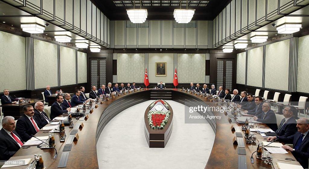 President of Turkey, Recep Tayyip Erdogan (C) chairs a cabinet meeting at Presidential Complex, in Ankara, Turkey on May 2, 2016.