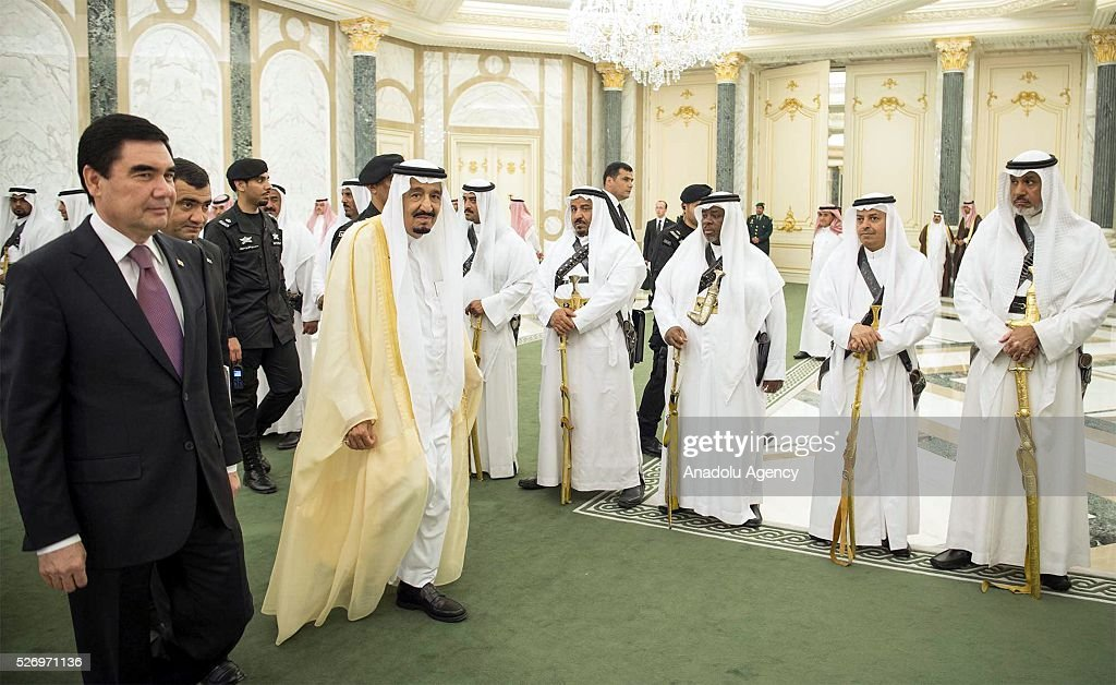 President of Turkmenistan Gurbanguly Berdimuhamedow (L) is welcomed by Saudi Arabian King Salman bin Abdulaziz Al Saud (R) in Riyadh, Saudi Arabia on May 1, 2016.