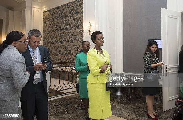 Grace Mugabe Photos Et Images De Collection Getty Images