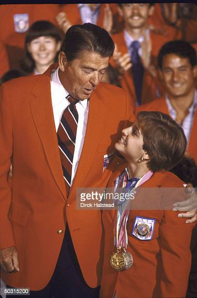 President Regan with US gymnast Mary Lou Retton at breakfast for US Olympic athletes