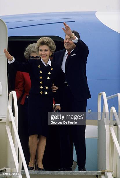US President Ronald W Reagan and his wife Nancy arrive in London to meet Margaret Thatcher after the Summit of Moscow on June 2 1988