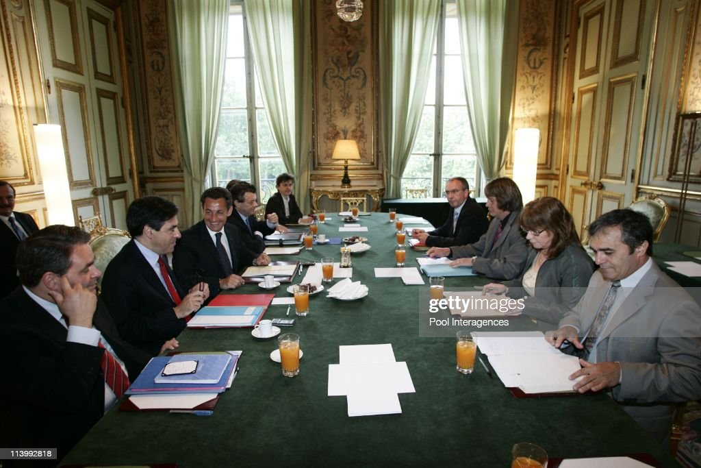 President Sarkozy with Bernard Thibault in Paris France On May 29 2007French President Nicolas Sarkozy and his ministers during a meeting with French...