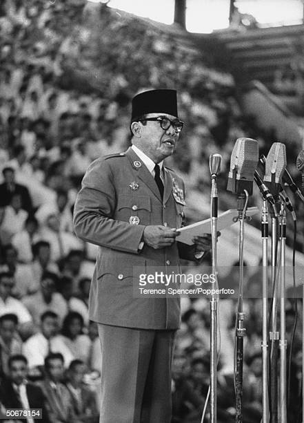 President Sukarno addressing the leftish AsiaAfrica conference of journalists