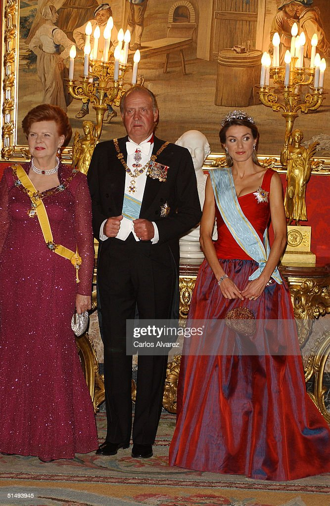 President Vaira Vike-Freiberga, King Juan Carlos and Princess Letizia attend Royal Gala Dinner honouring Latvia's President Vaira Vike-Freiberga at the Royal Palace on October 18, 2004 in Madrid, Spain.