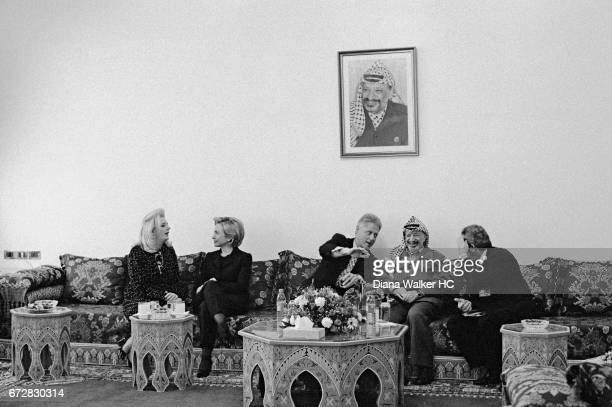 President William Clinton First Lady Hillary Rodham Clinton Chairman Yasser Arafat of the Palestinian Authority and his wife Suha are photographed on...