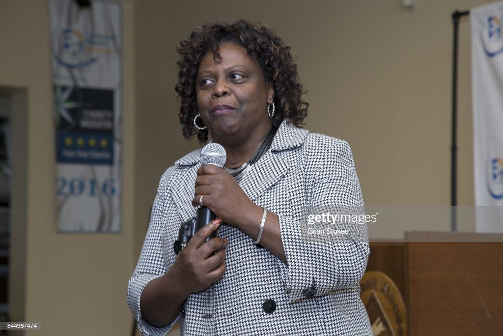 President/CEO Dr. Madye Henson Attends U0027Vernonu0027s Closetu0027 Sleep Out America  Kickoff