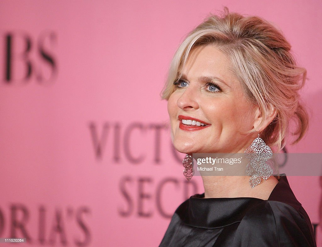President/CEO of Victoria's Secret Sharen Turney arrives at The 2007 Victoria's Secret Fashion Show held at Kodak Theater on November 15 2007 in...