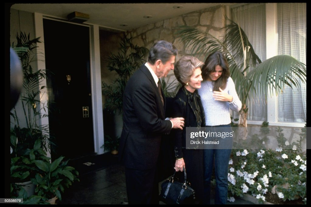 Presidentelect Ronald Reagan wife Nancy say goodbye to daughter Patti as they leave their Pacific Palisades home for Washington DC