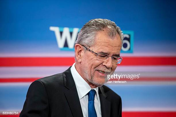 Presidential candidate of Green Party Alexander Van der Bellen attends a TV programme at Governmental TV channel ORF on May 22 2016 in Vienna Austria