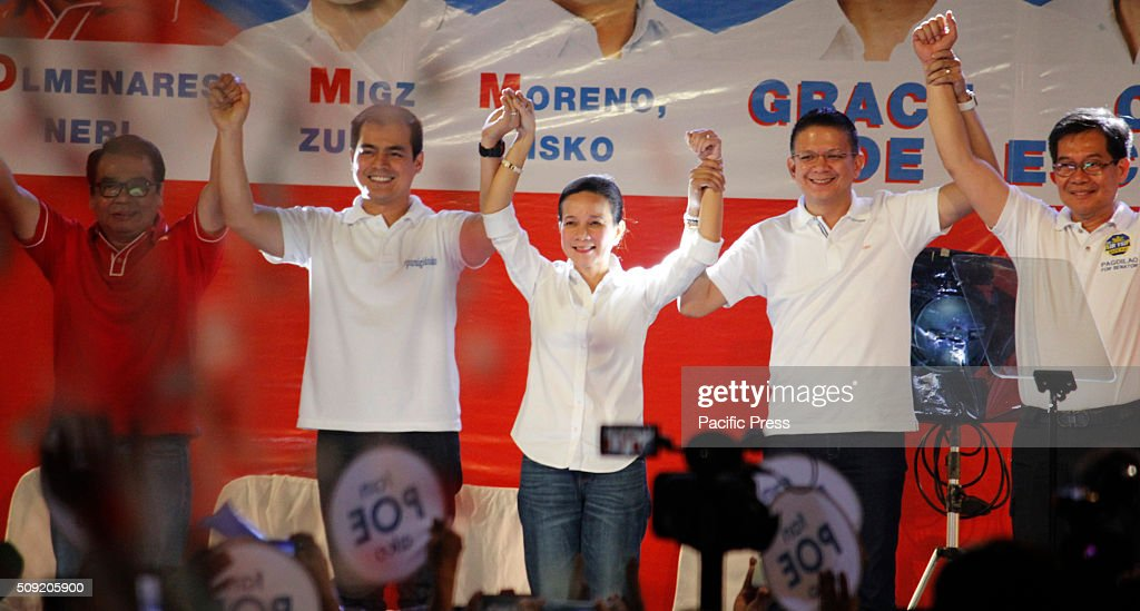 Presidential candidate Senator Grace Poe (center) and her team launch their election campaign at Plaza Miranda in Manila. Senator Poe maintained her lead in the presidential race despite issues on citizenship. On the latest survey by Laylo, Poe got 29% followed by Vice President Jejomar Binay and former Interior and Local Government Secretary Mar Roxas which tied in the second place with 22%. The survey came as the campaign period officially starts today.
