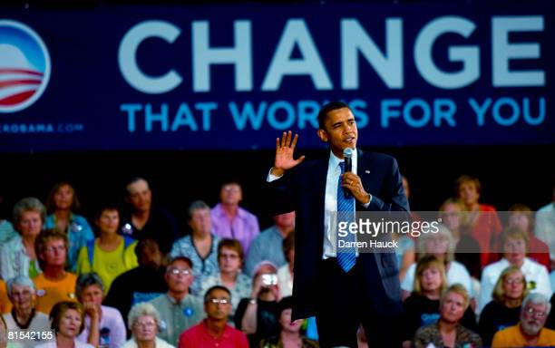 Presidential candidate US Senator Barack Obama speaks at a town hall meeting at Kaukauna High School June 12 2008 Kaukauna Wis During this stop in...