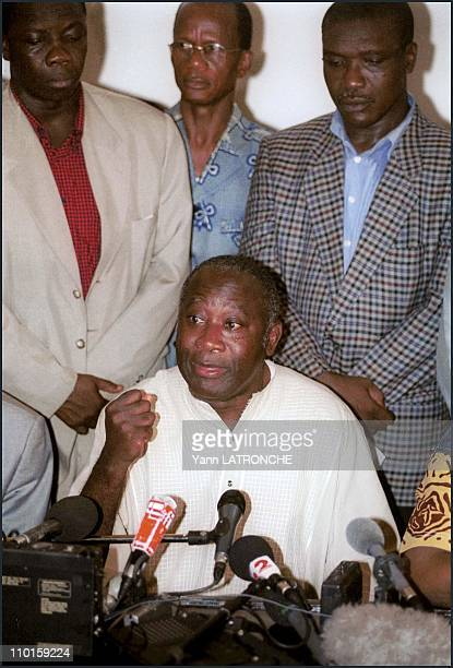 presidential elections Bagboy or Guei in Abidjan Cote d'Ivoire on October 24 2000 Laurent Gbagbo's press conference at IPF HQ He proclaimed himself...