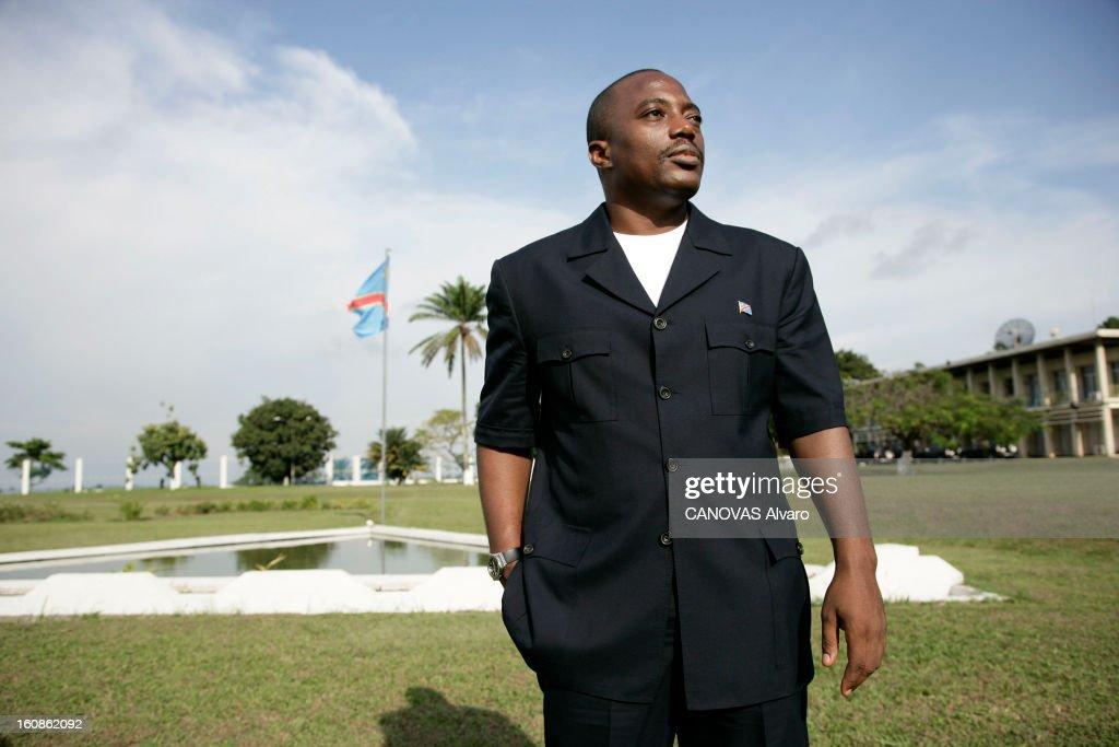 Presidential Elections In The Democratic Republic Of Congo. Le président Joseph KABILA pose dans les jardins du palais de la Nation, à Kinshasa, deux jours avant le deuxième tour des élections présidentielles, où il est donné favori face à son rival Jean-Pierre Bemba.