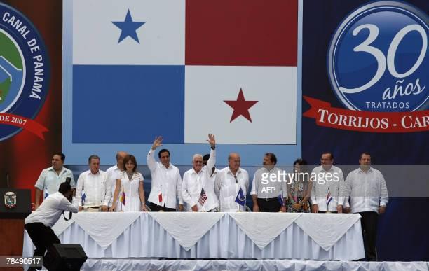 Presidents Antonio Saca of Salvador and Alvaro Uribe of Colombia Panama's first lady Vivian de Torrijos president Martin Torrijos of Panama former US...