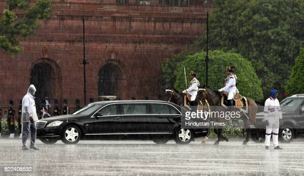 President's bodyguards escort President Ram Nath Kovind and his predecessor Pranab Mukherjee to Rashtrapati Bhawan after the former's swearingin...