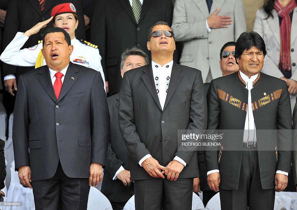 ¿Cuánto mide Hugo Chávez? - Altura - Real height Presidents-hugo-chavez-of-venezuela-rafael-correa-of-ecuador-and-evo-picture-id87949232