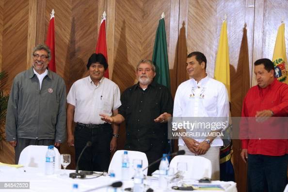 Venezuela's Hugo Chavez Ecuador's Rafael Correa Brazil's Luiz Inacio Lula da Silva Bolivia's Evo Morales and Paraguay's Fernando Lugo pose before a...