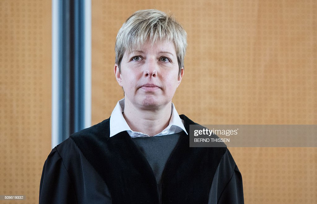 Presiding judge Anke Grudda is pictured on the sidelines of a trial against a former Auschwitz guard at court in Detmold, western Germany, on February 11, 2016. 94-year-old Reinhold Hanning is charged with at least 170,000 counts of accessory to murder in his role as a former guard at the Nazi concentration camp in occupied Poland. / AFP / POOL / Bernd Thissen
