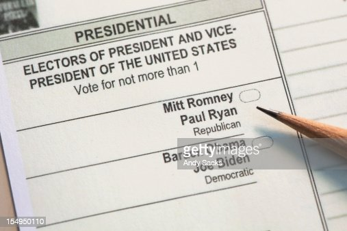 A presidnetial ballot awaist a voter's choice : Stock Photo